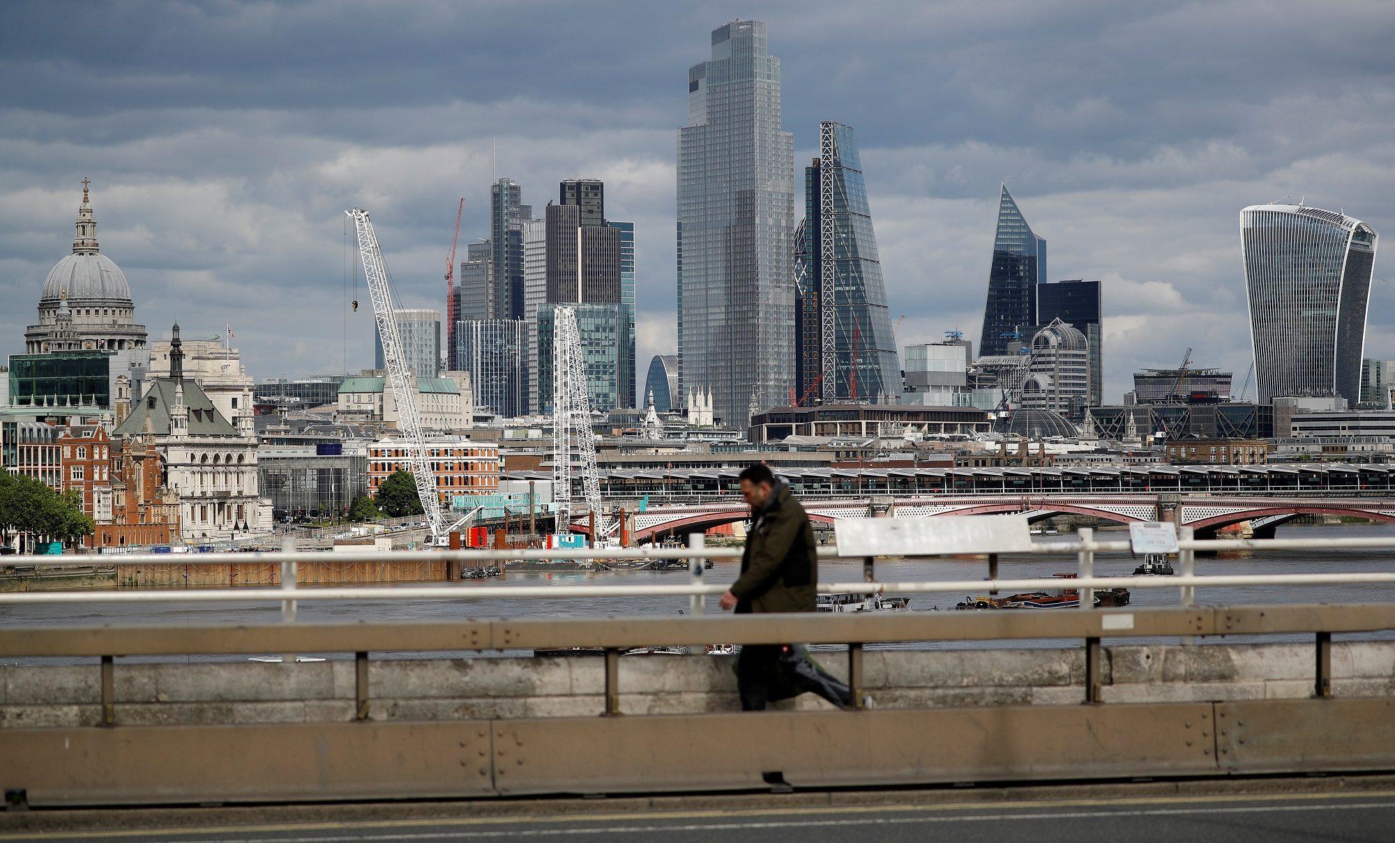 อังกฤษขยายมาตรการอุ้มบริษัทที่ได้รับผลกระทบจากโควิดอีก 4 เดือน