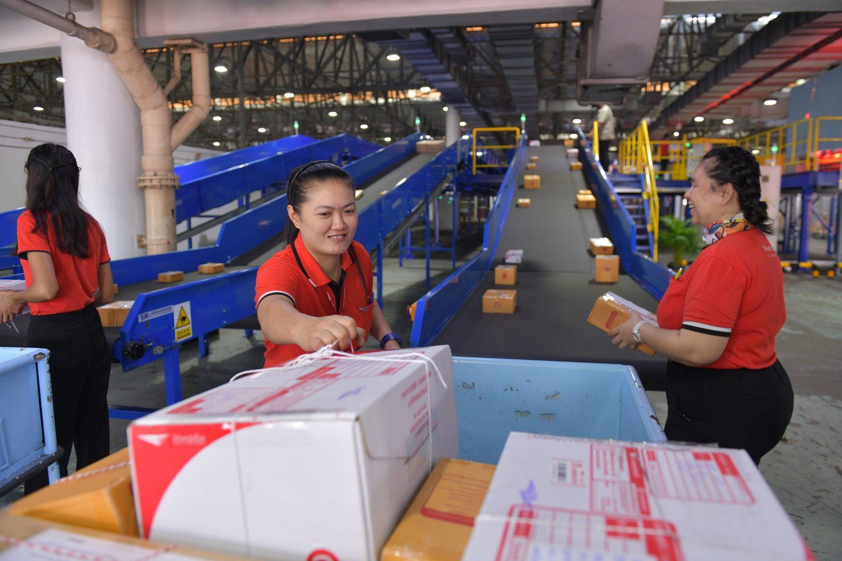 แง้ม 5 แนวคิด 'ไปรษณีย์ไทย' เคียงข้างคนไทยท่ามกลางโควิด-19