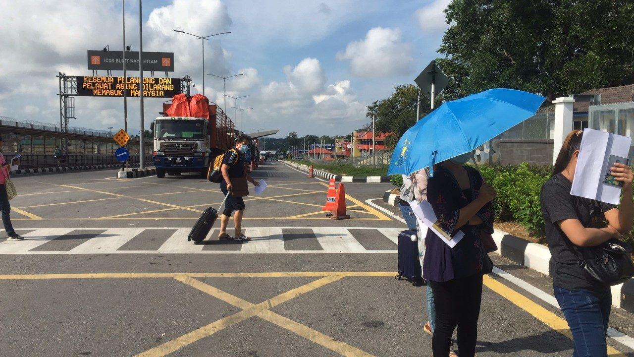 เปิดด่านสะดารับคนไทยจากมาเลเซียวันแรก 400 คน ยกระดับคัดกรองสูงสุด