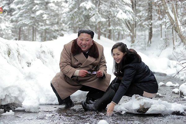 """ทูตรัสเซียอ้าง """"ใบปลิวสกปรก"""" หยามเกียรติเมีย """"คิม จอง อึน"""" ทำโสมแดงฟิวส์ขาด ฮึ่มใส่โสมใต้"""