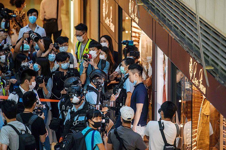 อยากได้ต้องได้! จีนตรากฎหมายความมั่นคงคุมฮ่องกง บีบกลุ่มปชต.ยุบพรรคทันที