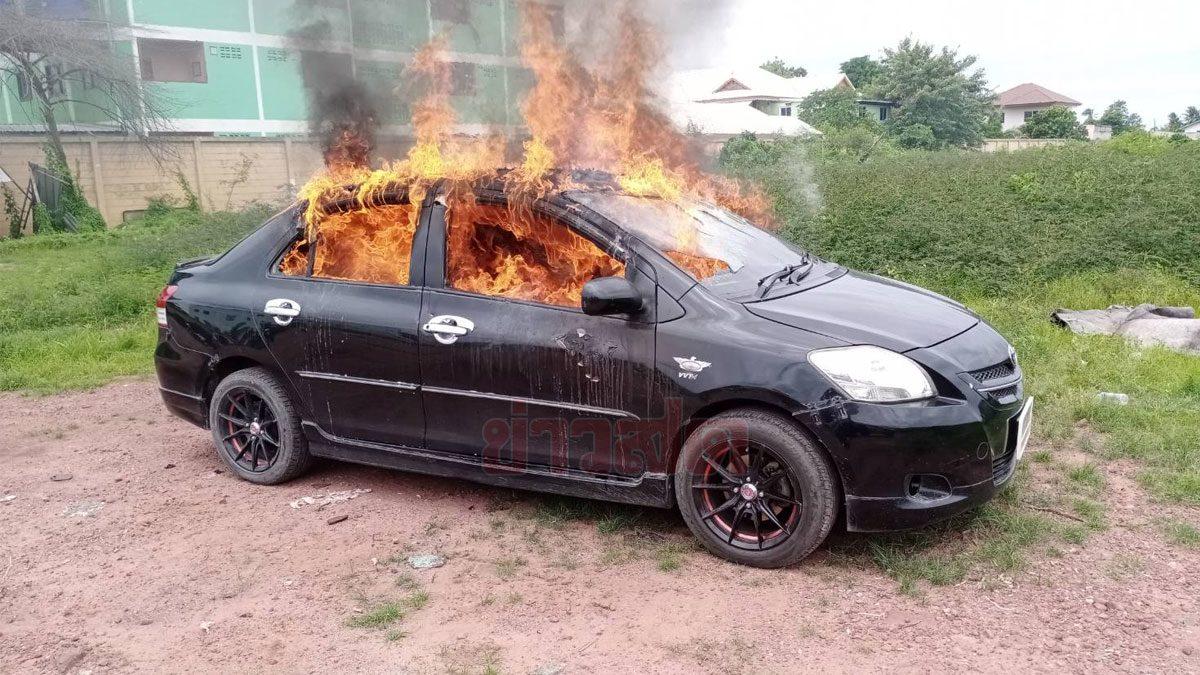 เบื้องหลังสุดสลดใจ! แท็กซี่ตัดสินใจ เผาตัวเองตายในรถเก๋ง เพื่อนเล่าปม