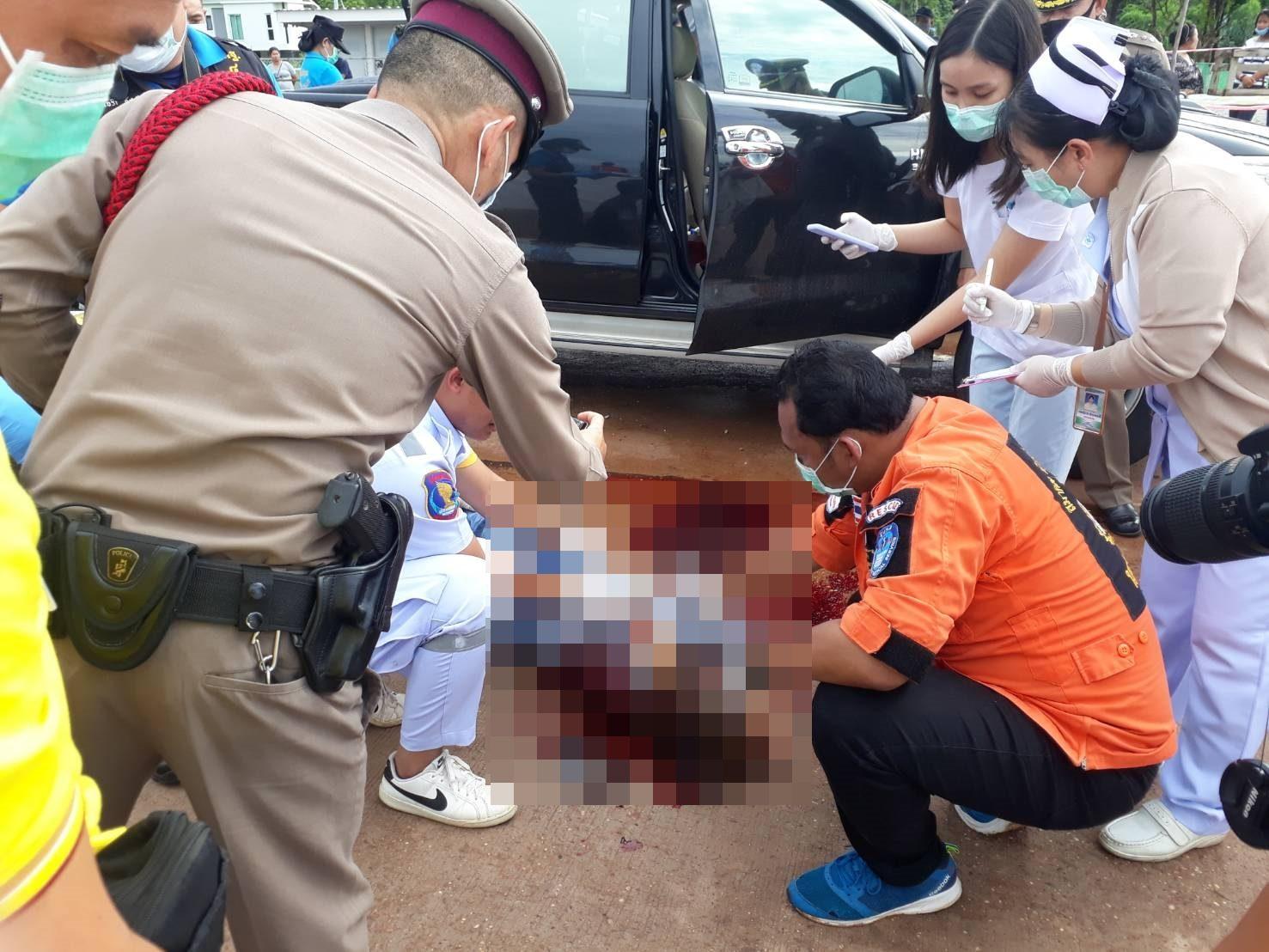 หนุ่มชลบุรีแค้น แฟนปันใจ รีเทิร์นสามีเก่า กระหน่ำยิง 3 ศพ กลางเมืองนครพนม