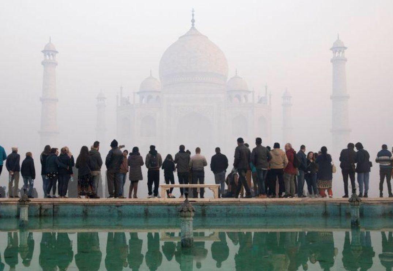 อินเดียระงับแผนเปิดทัชมาฮาล หวั่นเสี่ยงโควิดระบาดซ้ำ