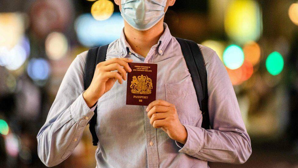 กฎหมายความมั่นคงฮ่องกง: ทำไมเราต้องถือหนังสือเดินทางพิเศษอพยพออกมาและทิ้งทุกอย่างไว้เบื้องหลัง