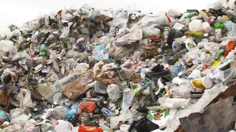 มาเลเซียผงะขยะพิษ 1,800 ตัน ลอบนำมาทิ้งจากโรมาเนีย