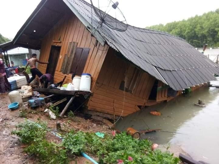 ระนองสุดอ่วมซินลากู ถล่มยับ ชุมชนประมงพื้นบ้านจมทะเล หลังคาปลิวว่อนกว่า 1,000 ครัวเรือน