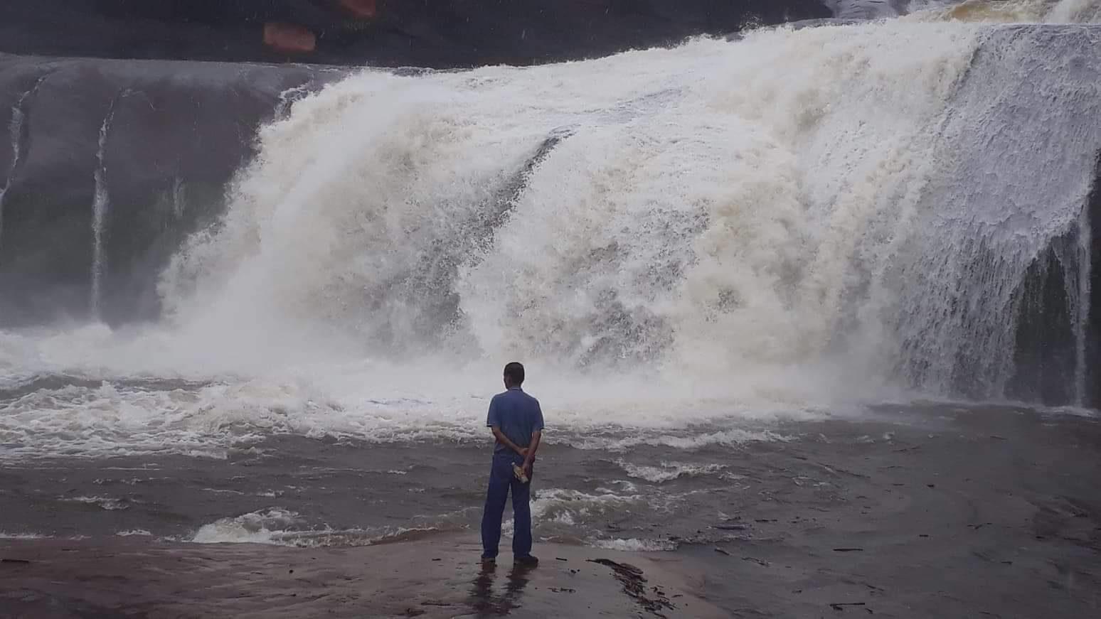 """""""บึงกาฬ"""" ปิดน้ำตก 5 แห่ง งดบริการนักท่องเที่ยว หลังฝนตกหนักหลายวัน"""