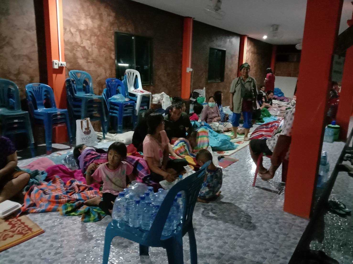 ลำปางหวั่นอ่างแตก ประกาศเสียงตามสาย อพยพชาวบ้านที่สูงนอนวัด
