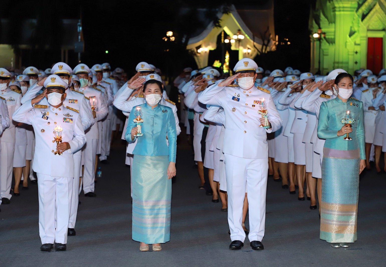 ผู้ว่าฯปทุมธานี ร่วมจุดเทียนถวายพระพรชัยมงคล เนื่องในวันแม่แห่งชาติ