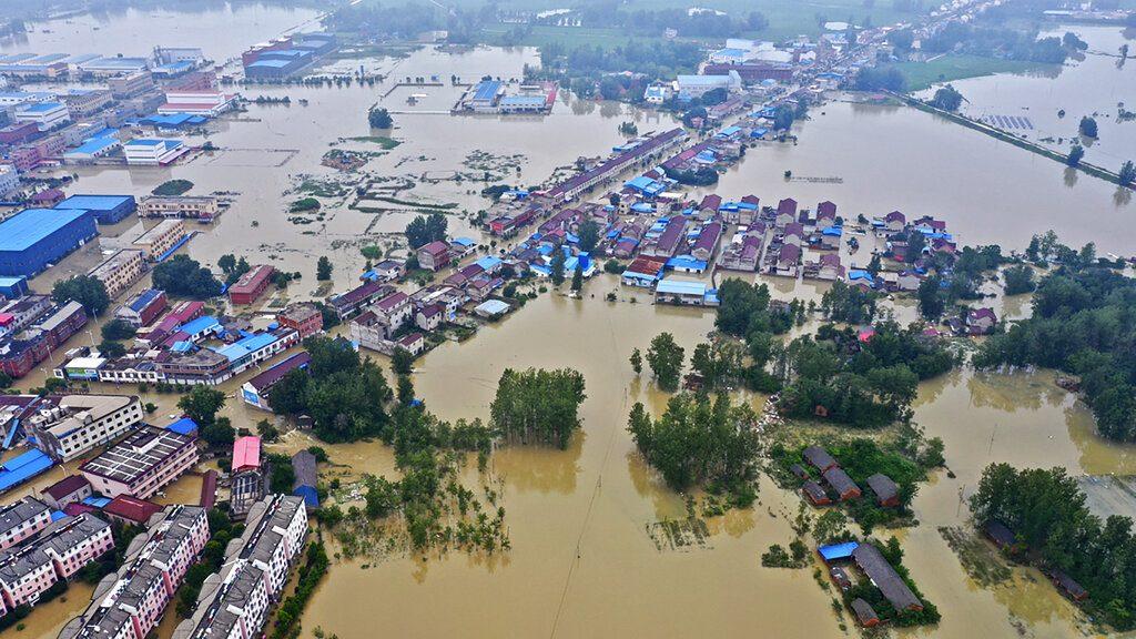 จีนสั่งรับมือน้ำไหลบ่า เข้าเขื่อนสามผาศุกร์นี้ เศรษฐกิจเสียหายแล้ว 8 แสนล้าน