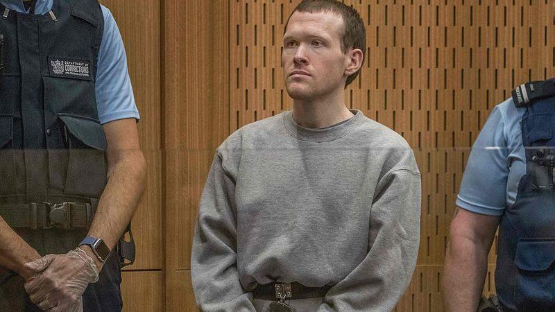 มือยิงไครสต์เชิร์ชเผชิญหน้าญาติเหยื่อในศาล เจอด่าแกฆ่าความเป็นคนของแกเอง