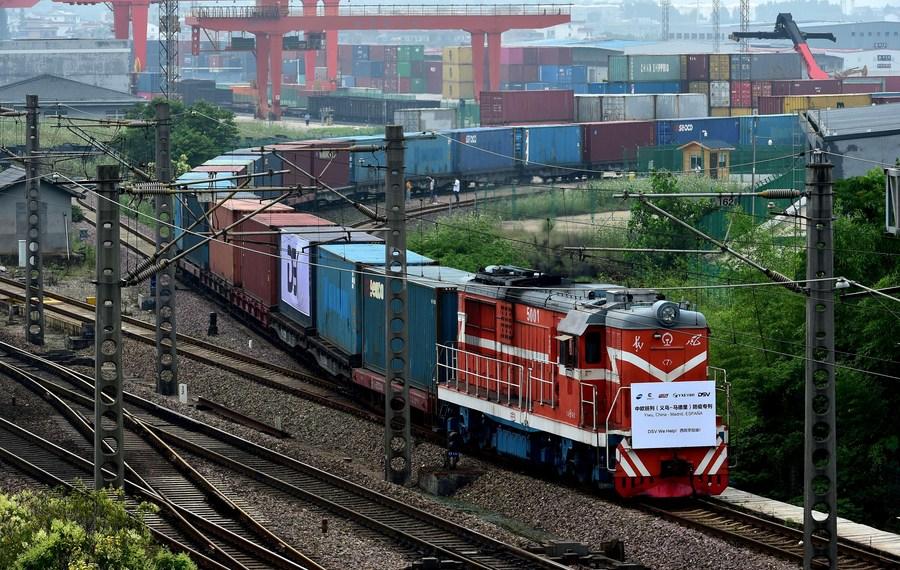 ทูตจีนชี้ 'รถไฟสินค้าจีน-ยุโรป' โตพรวดช่วงโควิด-19 ระบาด