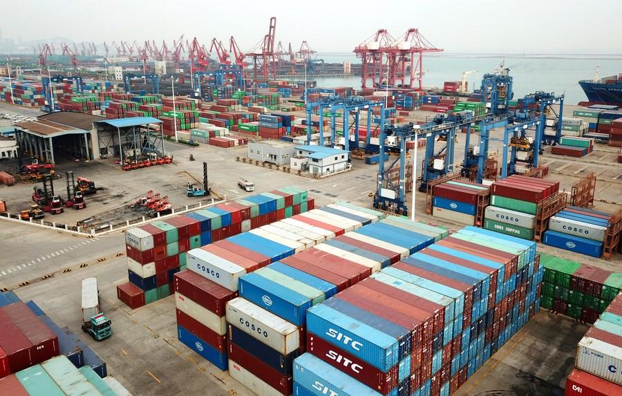 การค้าต่างประเทศจีนกระเตื้อง ท่ามกลางสถานการณ์อันซับซ้อน