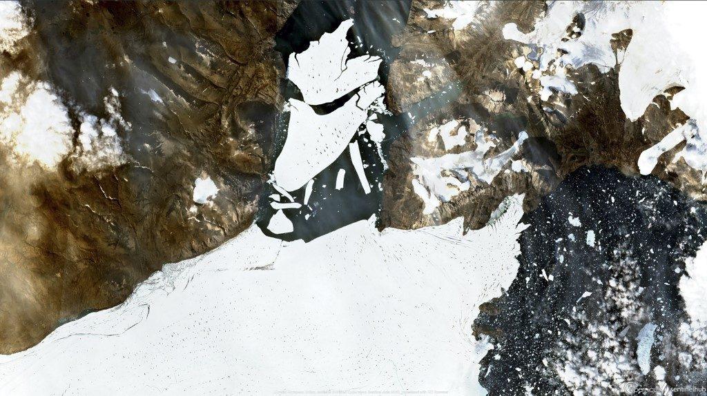 โลกร้อนทำแผ่นน้ำแข็งในกรีนแลนด์ขนาดใหญ่กว่าปารีสแตกลงทะเล