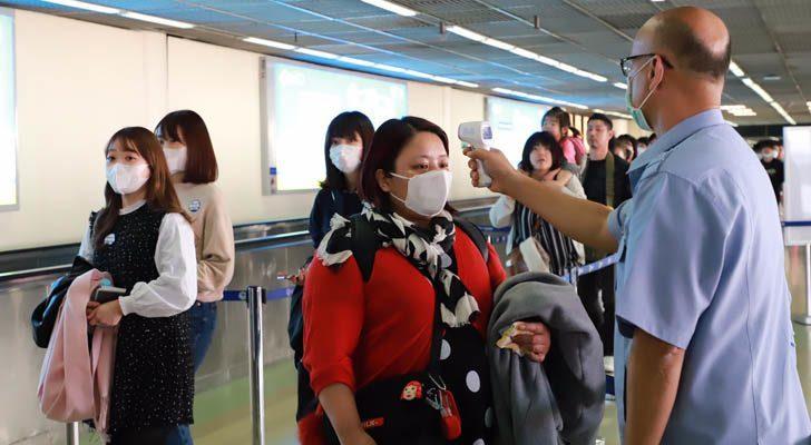 สธ. เผย หลังผ่อนปรนมาตรการ มีผู้เดินทางเข้าไทยแล้ว 94,970 ราย เจอป่วยโควิด 562 ราย