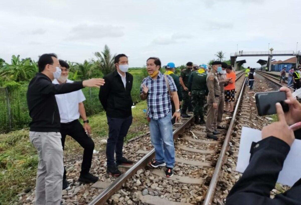 'กรมราง-ผู้ว่ารถไฟ' เร่งสอบเหตุรถไฟชนรถทัวร์กฐิน จ่อศึกษาหวังลดอุบัติเหตุช่วงจุดตัด