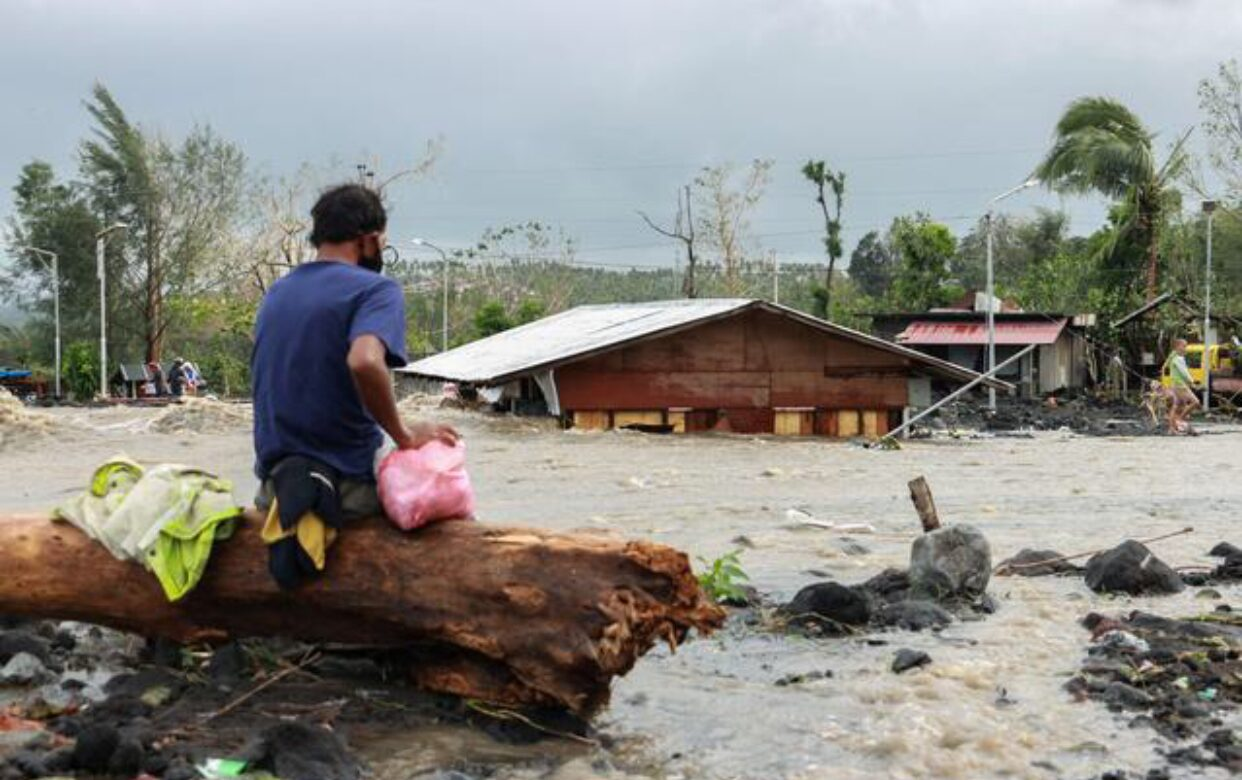 ฟิลิปปินส์อ่วม ไต้ฝุ่นโคนีคร่า 10 ชีวิต กระทบ 19 ล้านคน
