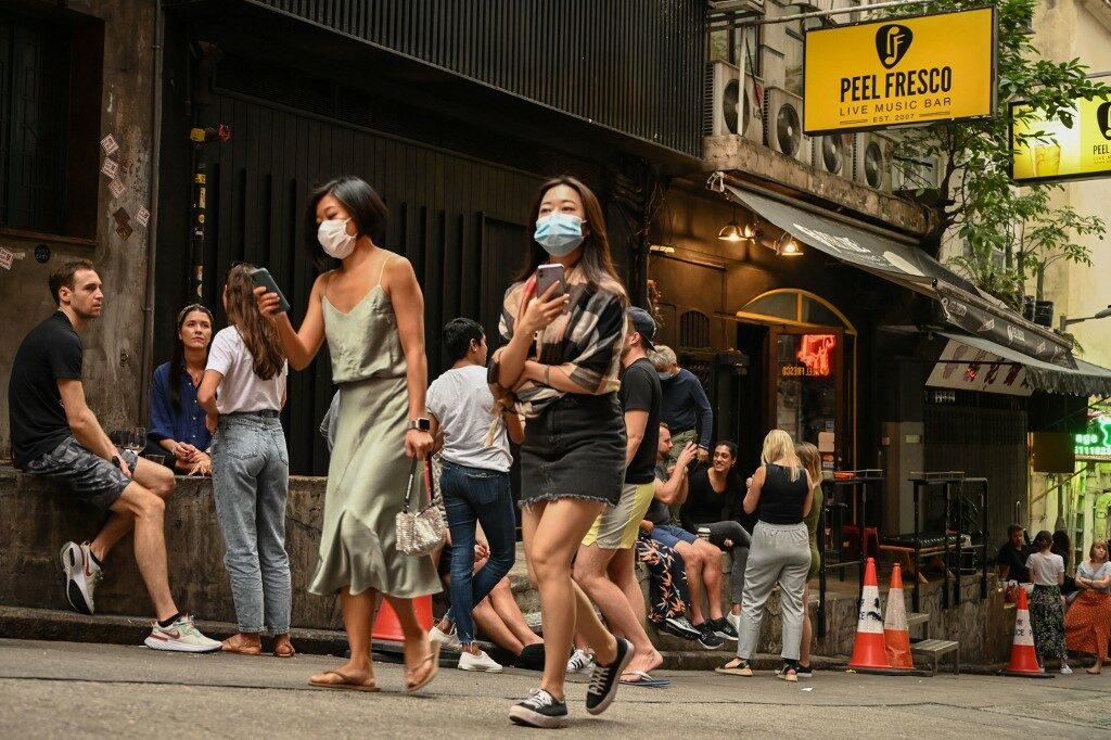 'ฮ่องกง-สิงคโปร์' เลื่อนแผนผ่อนปรนการเดินทางระหว่างกัน