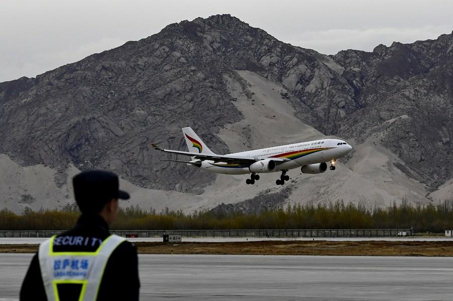'สนามบินทิเบต' ลุยผลิตไฟฟ้านอกชายฝั่ง คาดประหยัดน้ำมันเครื่องบินกว่า 3,000 ตัน