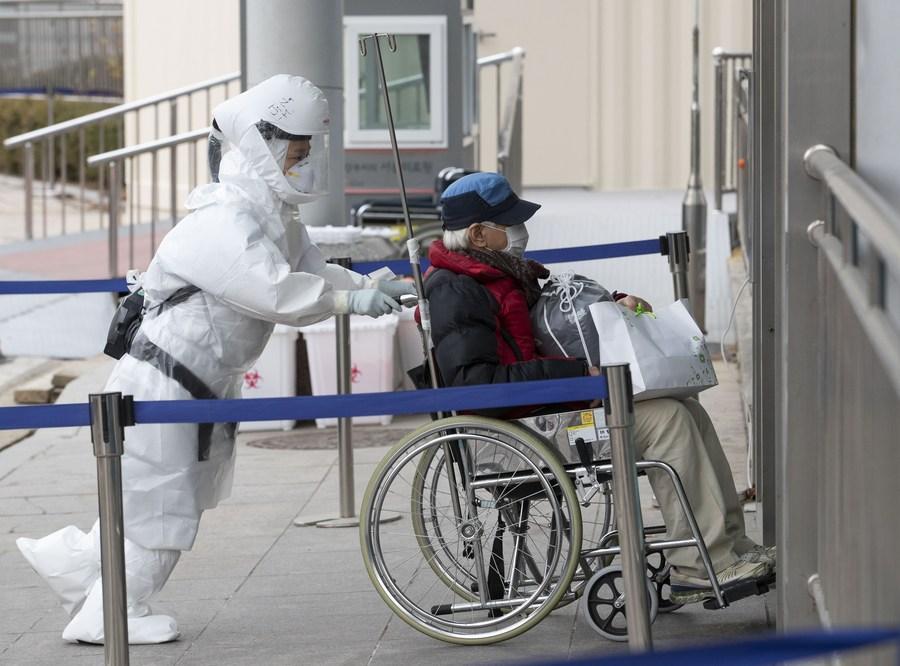 เกาหลีใต้วิกฤต ป่วยโควิด-19 รายวันทะลุ 1,000 ครั้งแรก