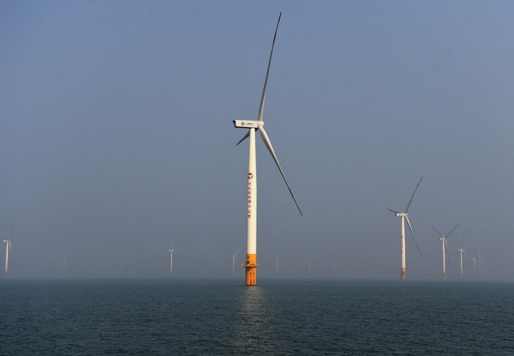 จีนผงาดอันดับ 1 โลก ผลิตไฟฟ้าจากพลังงานลมแบบใหม่