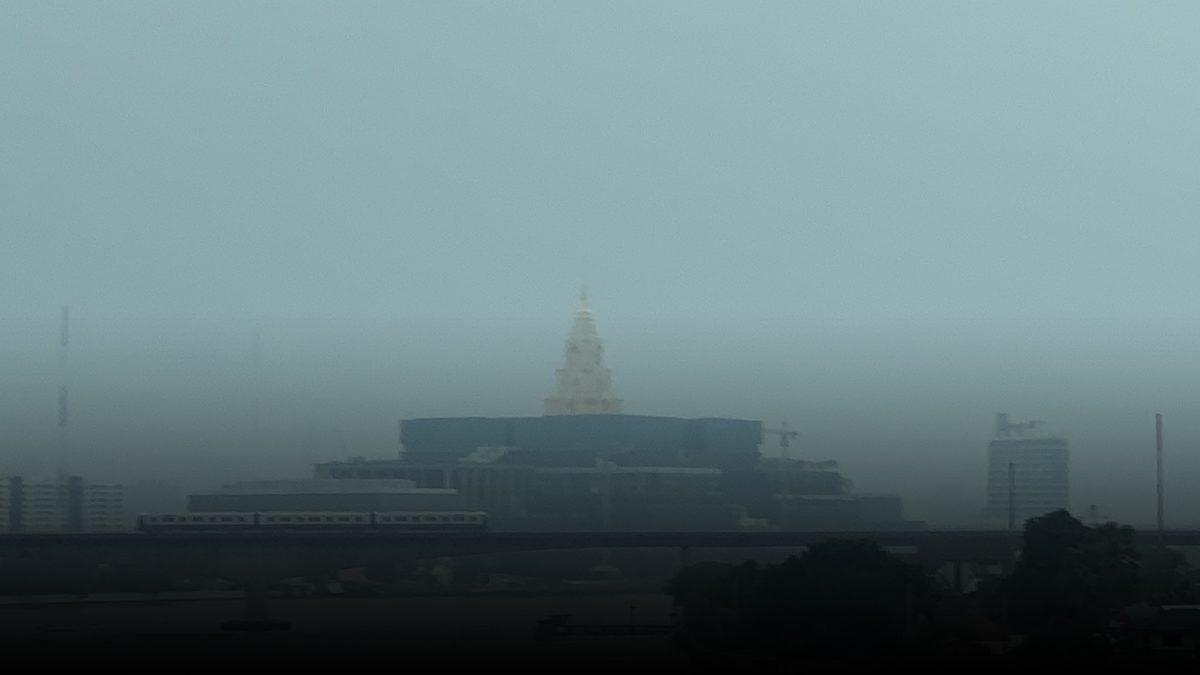 """ปลัดสำนักนายกฯ ตอบปม PM 2.5 ฟุ้งทั่วกรุง ชี้ """"ฝุ่นฝาชี"""" อีก 3 วันก็จะดีขึ้น"""