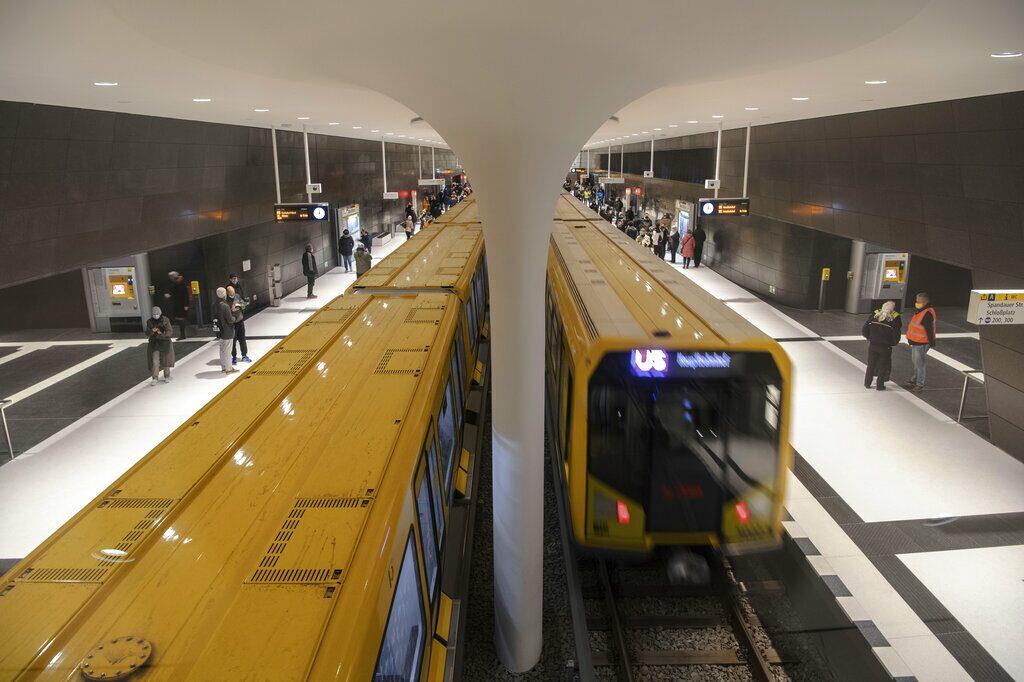 """คอลัมน์ แกะรอยต่างแดน : ส่วนขยายรถไฟใต้ดิน """"ยู5"""" ใน """"เบอร์ลิน""""..ที่รอมานาน"""