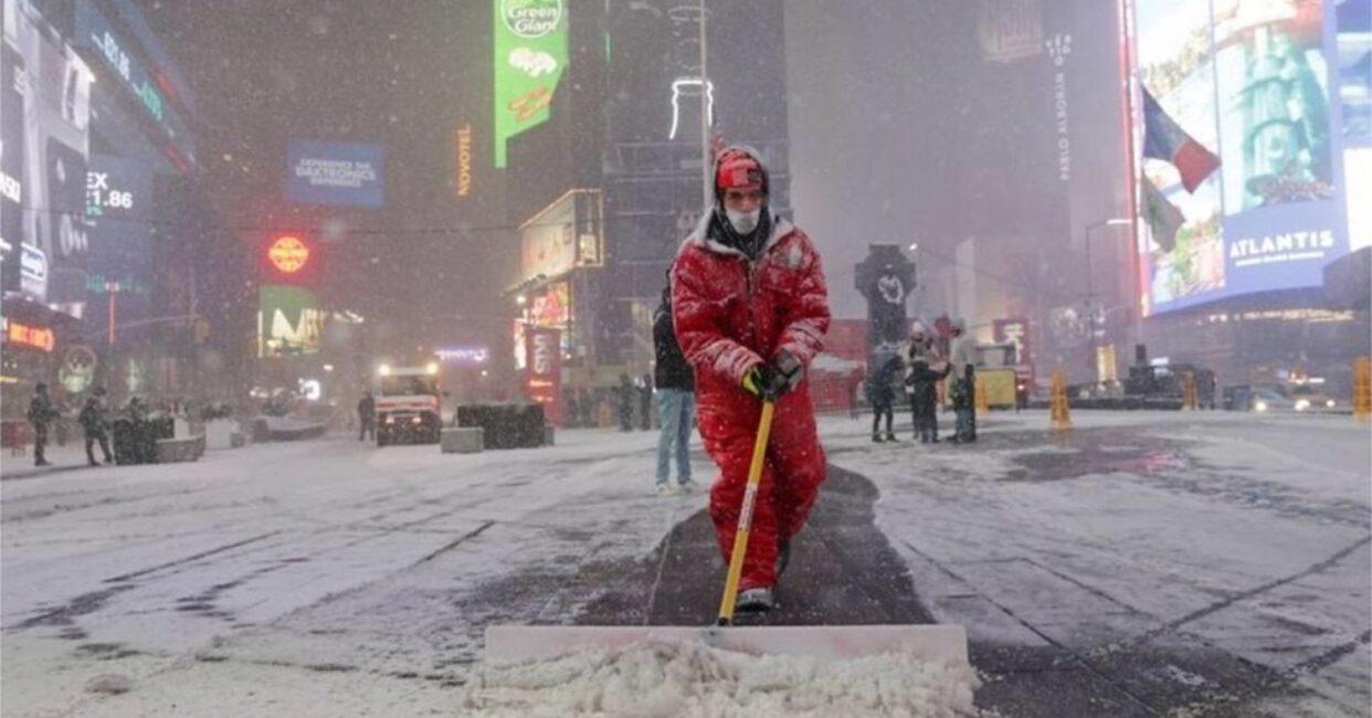 เตือนมะกัน 60 ล้านคน รับมือพายุหิมะถล่มหนัก