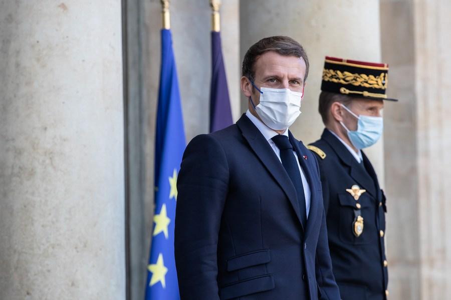 'เอ็มมานูเอล มาครง' ปธน.ฝรั่งเศส ติดโควิด-19 จนท.รัฐกักตัวระนาว