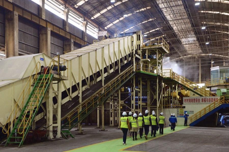 จีนหนุน 'อุตสาหกรรมน้ำตาลจีน-อาเซียน' เตรียมตั้งนิคมเครื่องจักรเกษตรในกว่างซี
