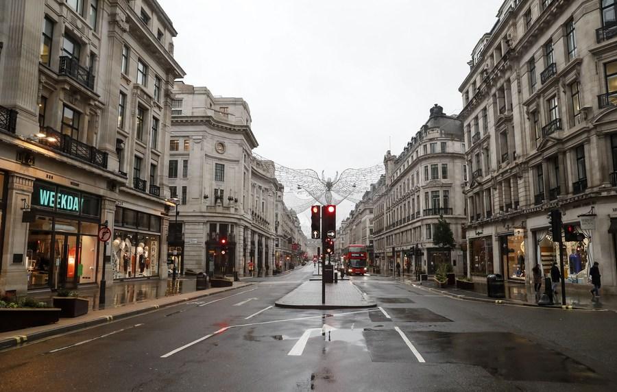 'ลอนดอน' เงียบเหงา หลังคุมโควิด-19 ระดับสูงสุด