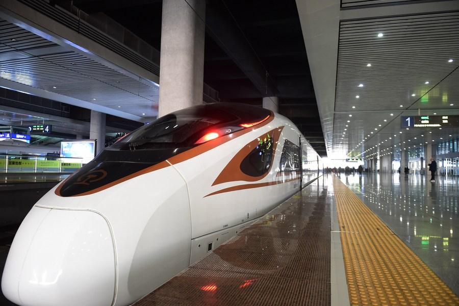 รถไฟความเร็วสูงสายใหม่เปิดวิ่ง เชื่อมต่อสามเหลี่ยมปากแม่น้ำแยงซี