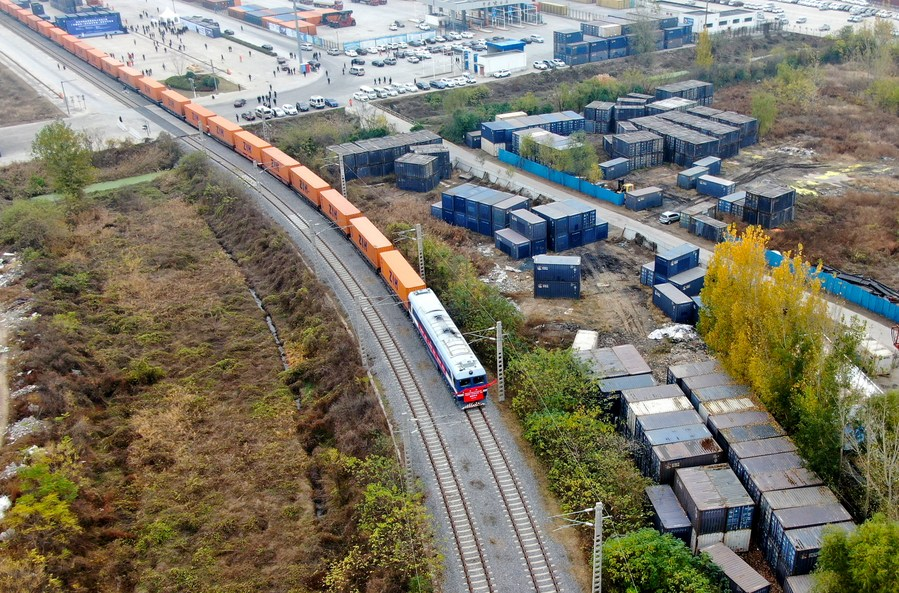 เจิ้งโจวฟื้นบริการ 'รถไฟสินค้าจีน-ยุโรป' หลังพ้นภัยน้ำท่วม
