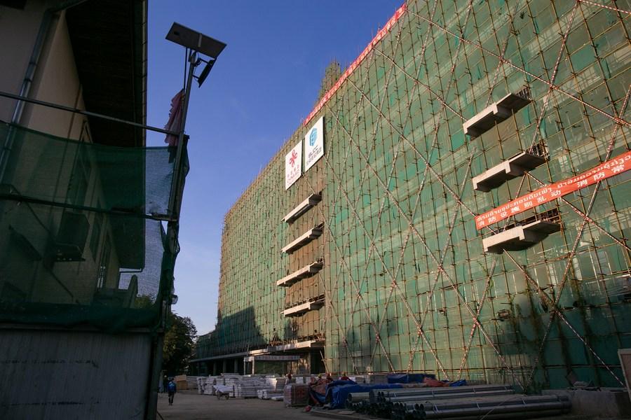จีนช่วยลาวสร้างโรงพยาบาล 'ทันสมัย-ใหญ่สุด' ของประเทศ