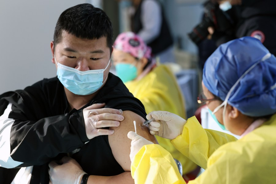 จีนฉีด 'วัคซีนโควิด-19' ทั่วประเทศแล้วกว่า 9 ล้านโดส