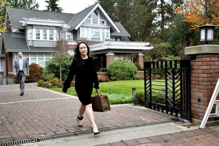 """ลูกสาว """"หัวเว่ย"""" ถูกขู่ฆ่า ได้รับจดหมายพร้อม """"กระสุนปืน"""" ส่งถึงบ้านพักในแคนาดา"""