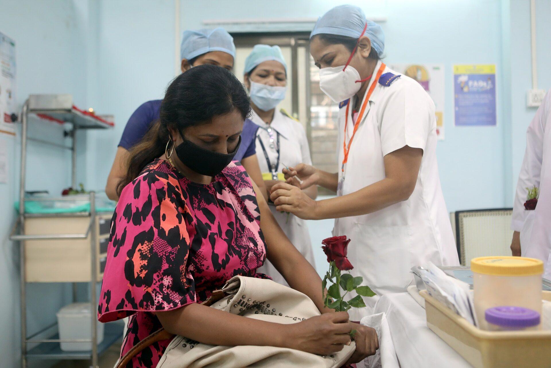 อินเดียเริ่มแล้ว รณรงค์ฉีดวัคซีนต้านโควิดทั่วประเทศ