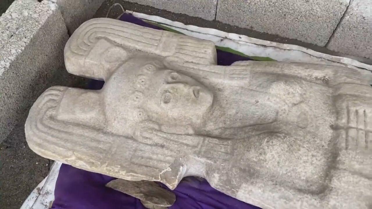 เกษตรกรเม็กซิโกพบ 'รูปปั้นหญิงสูง 2 เมตร' ช่วงก่อนยุคอาณานิคมสเปน