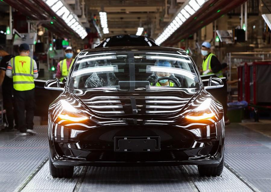 เซี่ยงไฮ้ส่งออก 'รถยนต์ไฟฟ้าบริสุทธิ์' โตกว่า 14 เท่า ใน 8 เดือนแรก