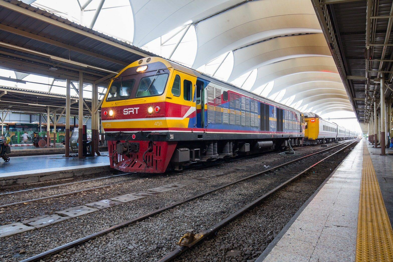 ผู้โดยสารแห่คืนตั๋วรถไฟกว่า 3 หมื่นใบ รถไฟฯ สูญรายได้กว่า 13.7 ล้าน