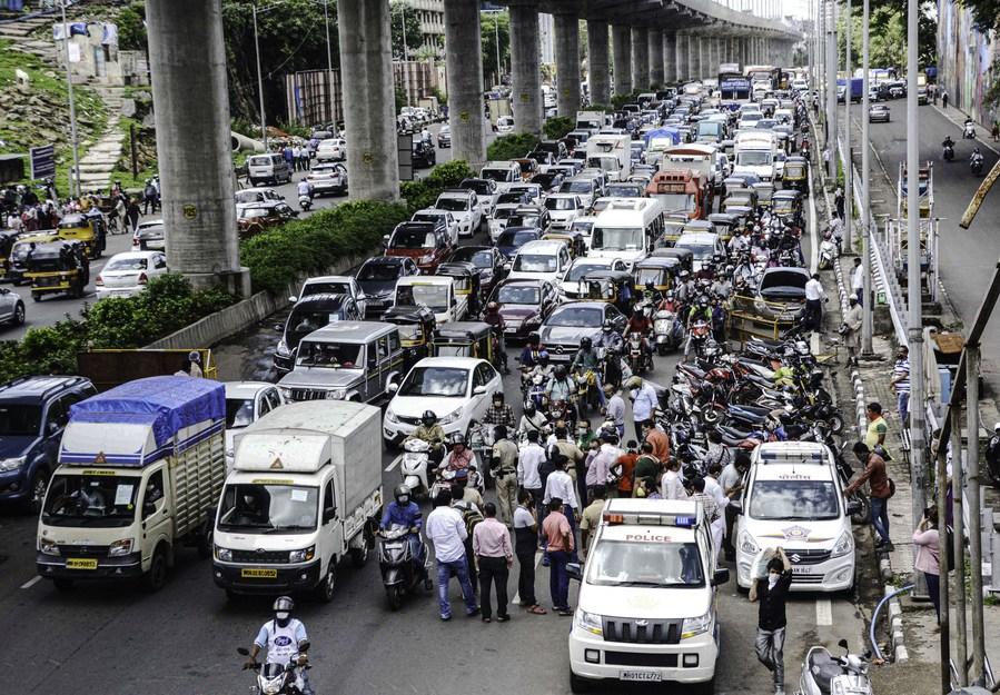 อินเดียเสนอนโยบาย ลดจำนวนยานพาหนะเก่า-ไม่ได้มาตรฐาน