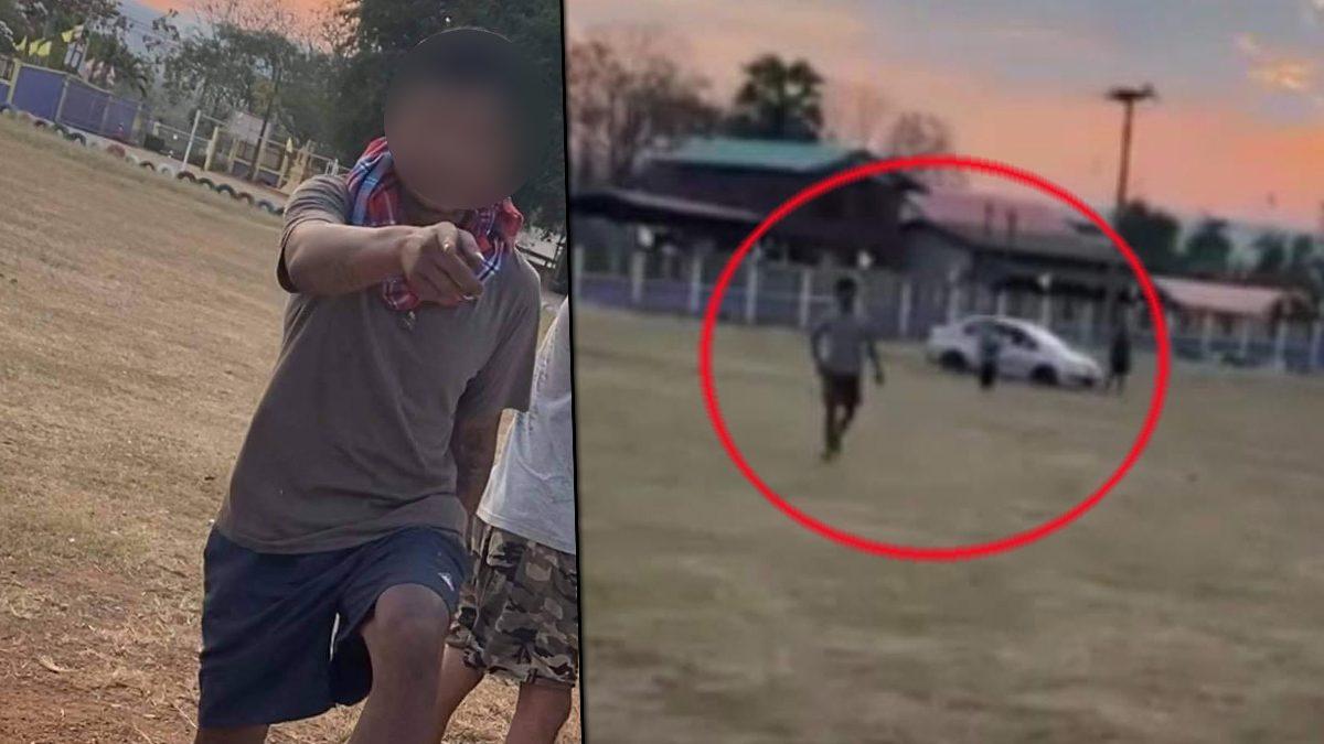 จวกยับหนุ่มหัดขับรถในโรงเรียน ชี้หน้าด่าครู หลังถูกเตือน ระวังชนนร. ที่เล่นบอล