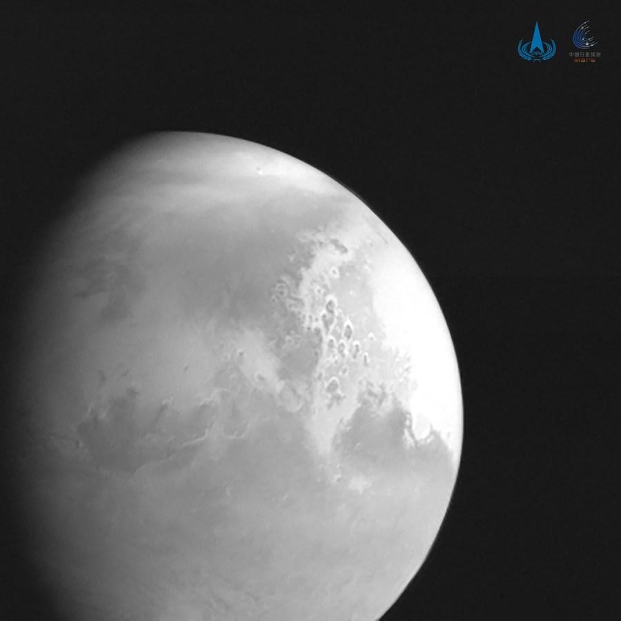 ยานอวกาศ 'เทียนเวิ่น-1' ของจีน เข้าสู่ 'วงโคจรพักรอ' ของดาวอังคาร