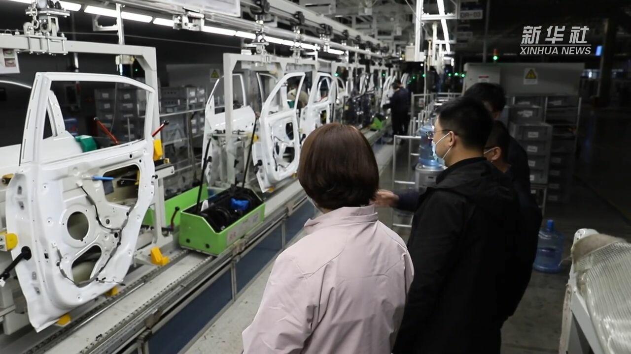 'ชางโจว' มอบอั่งเป่า 500 หยวนแก่ 'แรงงานต่างเมือง' ลดเดินทางกลับบ้านเกิด