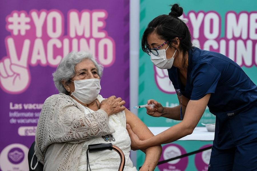 การศึกษาชิลีชี้วัคซีนโควิด-19 'ซิโนแวค' ป้องกัน 'ติดเชื้อแสดงอาการ' ได้ 67%