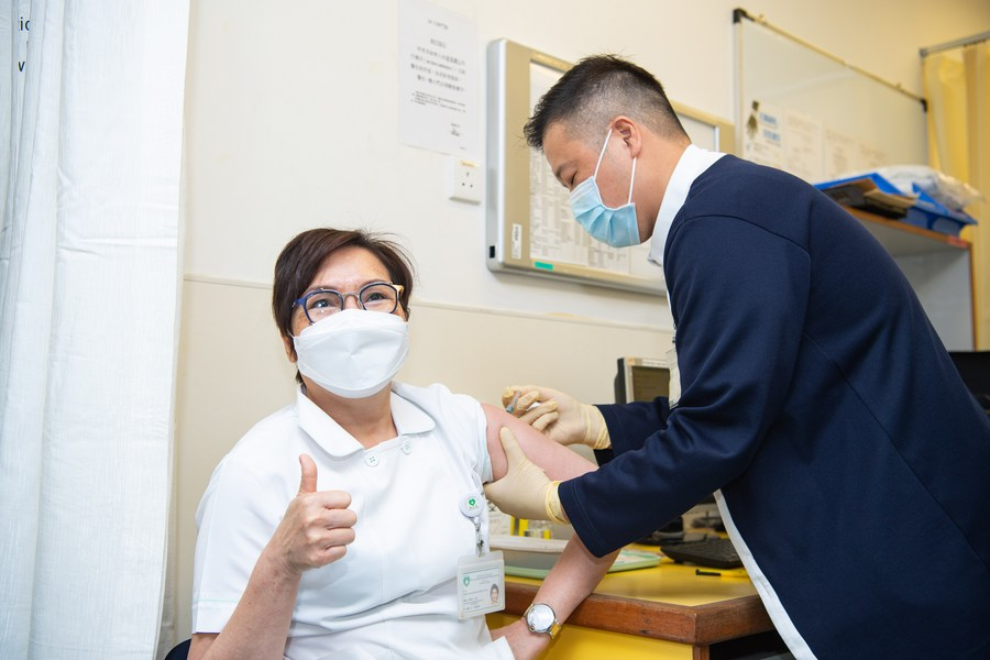 มาเก๊าฉีดวัคซีนโควิด-19 ฝีมือแผ่นดินใหญ่ วันแรกเกือบ 600 คน