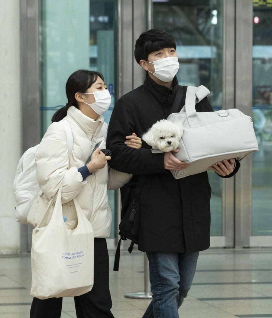 ชาวเกาหลีใต้แห่กลับบ้านฉลองปีใหม่ตามปฏิทินจันทรคติ