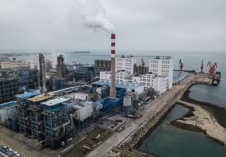อุตสาหกรรม 'ปิโตรเคมี' จีนกำไรลดลงในปี 2020