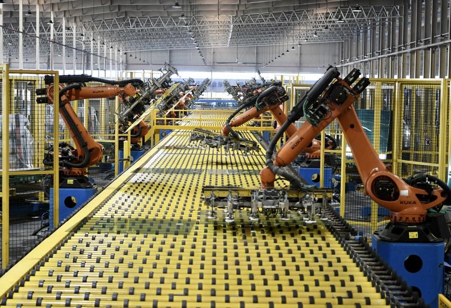 ปริมาณการผลิต 'หุ่นยนต์อุตสาหกรรม' ของจีนเพิ่มกว่า 19% ในปี 2020